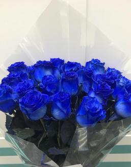 blue roses | Flowers to women
