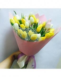 Solar mix a bouquet of 31 tulips | Flowers to women